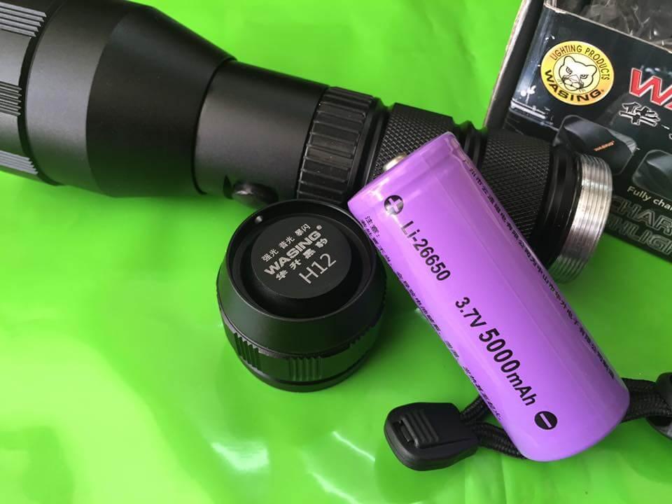 Đèn sử dụng 1 pin khủng 26650