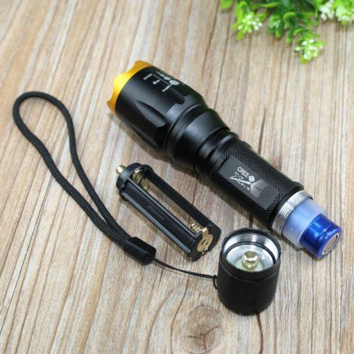 Đèn sử dụng 01 pin 18650 hoặc 3 pin AAA